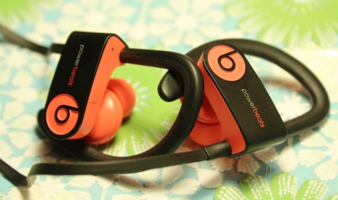 качество пластика beats powerbeats3 wireless