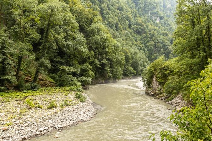 Река Мзымта в ущелье Ахцу