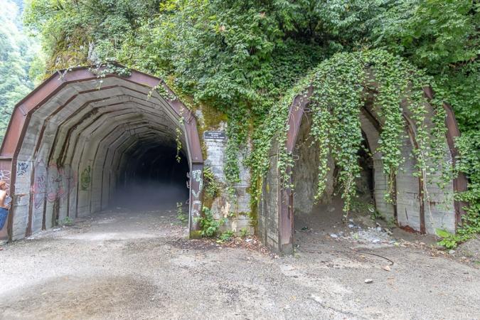 заброшенные тоннели в ущелье ахцу